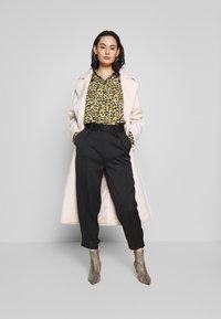 Topshop - SMUDGE - Button-down blouse - khaki - 1
