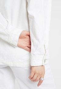 Topshop - JOSE SHACKETT - Lehká bunda - white - 7