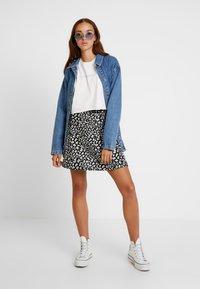 Topshop - BELTED SHACKET - Short coat - blue denim - 1