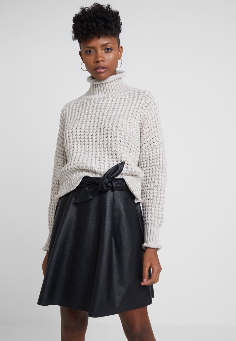 Topshop - MOSS STITCH ROLL - Strickpullover - taupe