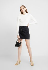 Topshop - BASIC DETAIL CREW - Maglione - ivory - 1
