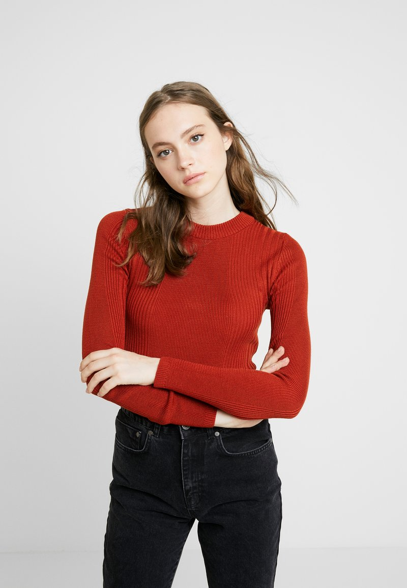 Topshop - POPPER SIDE CREW - Jersey de punto - brick red