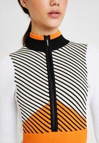 Topshop - SNO BODY - Maglione - orange/ white - 5