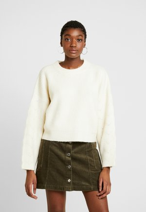 CABLE CROP - Jumper - ivory