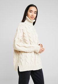 Topshop - CHUNKY CABLE ROLL - Strickpullover - oat - 0