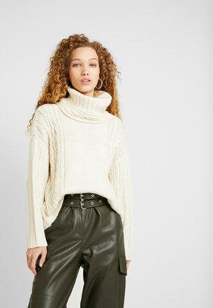 CABLE CHUNKY ROLL - Jumper - ivory