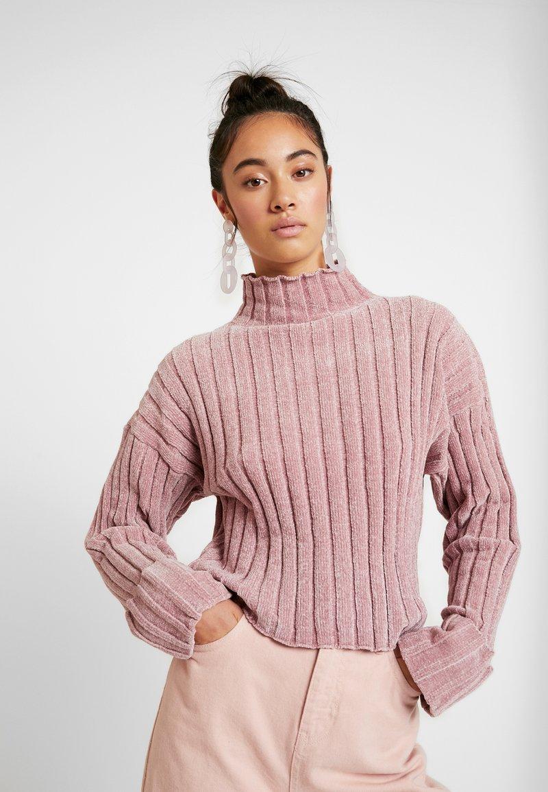 Topshop - CHENILLE TURNBACK JUMPER - Pullover - rose