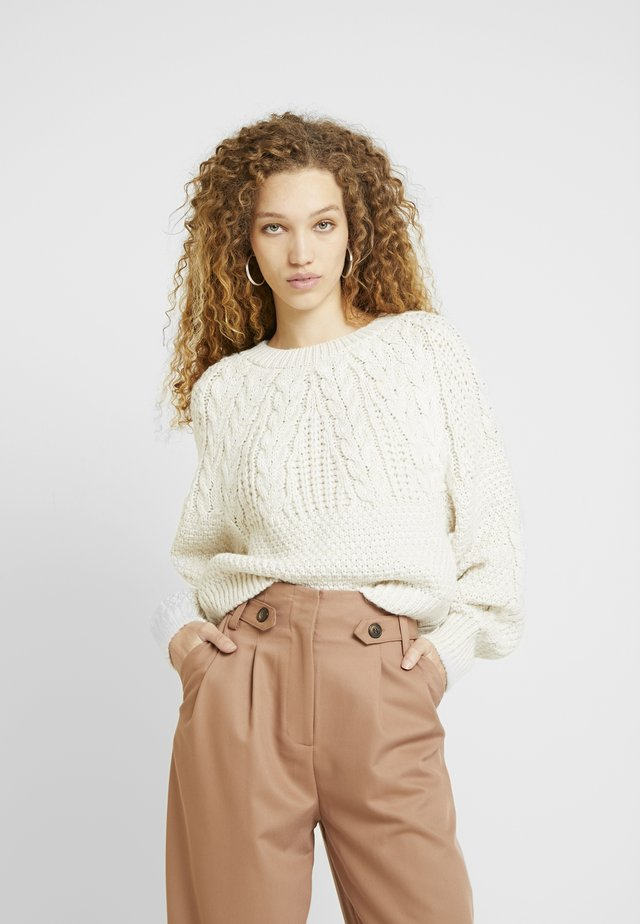 CABLE CROP - Maglione - oat