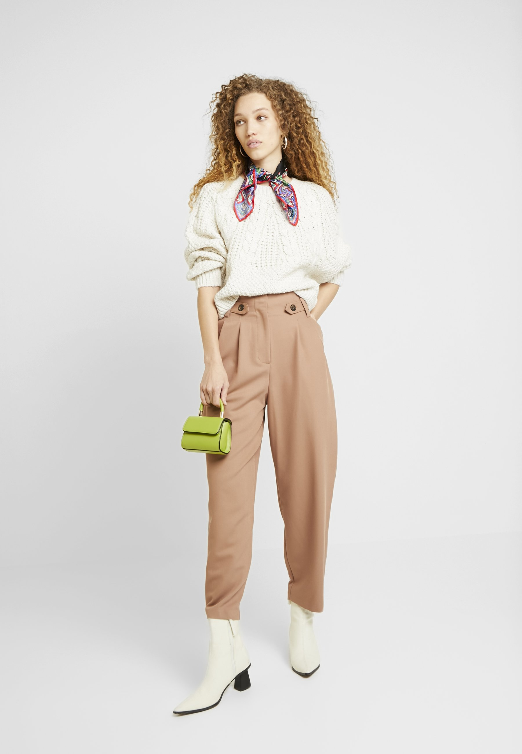 Topshop CABLE CROP - Sweter - oat