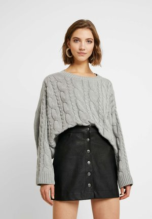 SUPER CROP CABLE - Maglione - light grey
