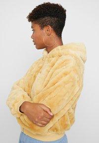 Topshop - ZIP HOODY - Winter jacket - butter - 5