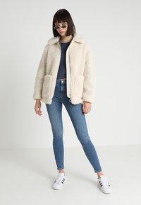 Topshop - JAMIE - Jeans Skinny Fit - blue - 2