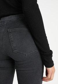 Topshop - JONI - Jeans Skinny Fit - washed black - 5