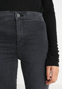 Topshop - JONI - Jeans Skinny Fit - washed black - 3