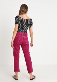 Topshop - STRAIGHT - Jeans straight leg - purple - 2