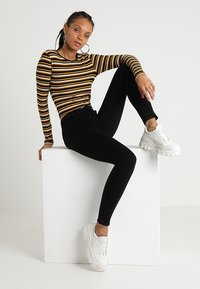 Topshop - LEIGH - Jeans Skinny Fit - black - 1