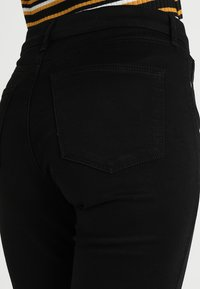 Topshop - LEIGH - Jeans Skinny Fit - black - 5