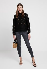 Topshop - JAMIE NEW - Jeans Skinny Fit - black denim - 1
