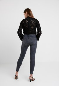 Topshop - JAMIE NEW - Jeans Skinny Fit - black denim - 2