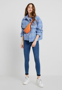 Topshop - JONI NEW - Skinny džíny - blue denim - 1