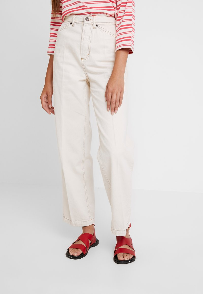 Topshop - PARALEL - Straight leg jeans - ecru