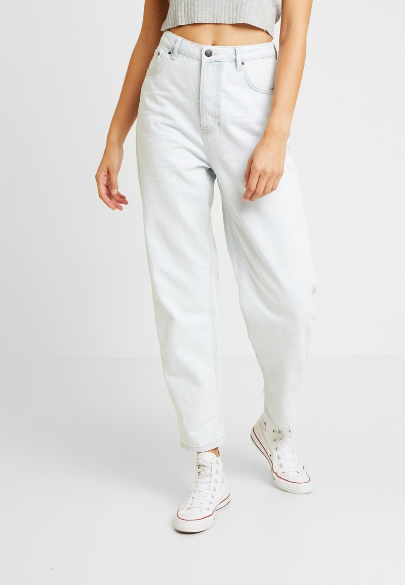 Topshop - BALLOON - Relaxed fit jeans - bleached denim