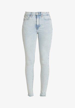 HEM JAMIE - Jeans Skinny Fit - super bleach