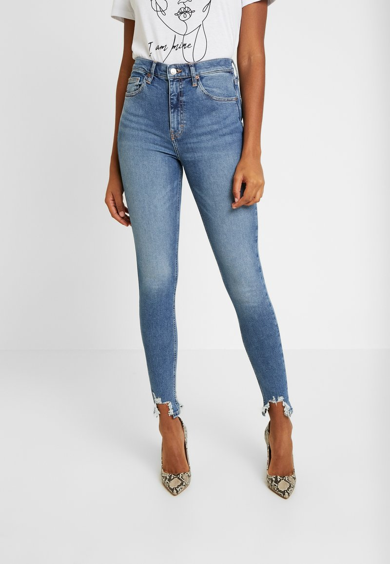 Topshop - JAGGED HEM JAMIE - Skinny džíny - blue denim