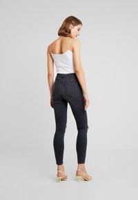 Topshop - AUSTIN JAMIE - Jeans Skinny Fit - black - 2