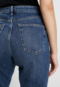 Topshop - MOM - Jeansy Relaxed Fit - rich - 5