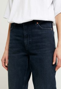 Topshop - MOM - Relaxed fit jeans - blue black - 4