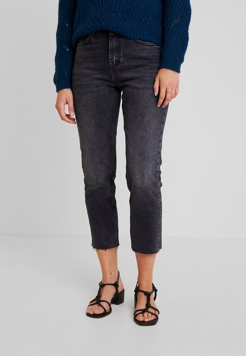 Topshop - Straight leg jeans - washed black