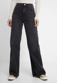 Topshop - WIDE - Straight leg jeans - washed black - 0