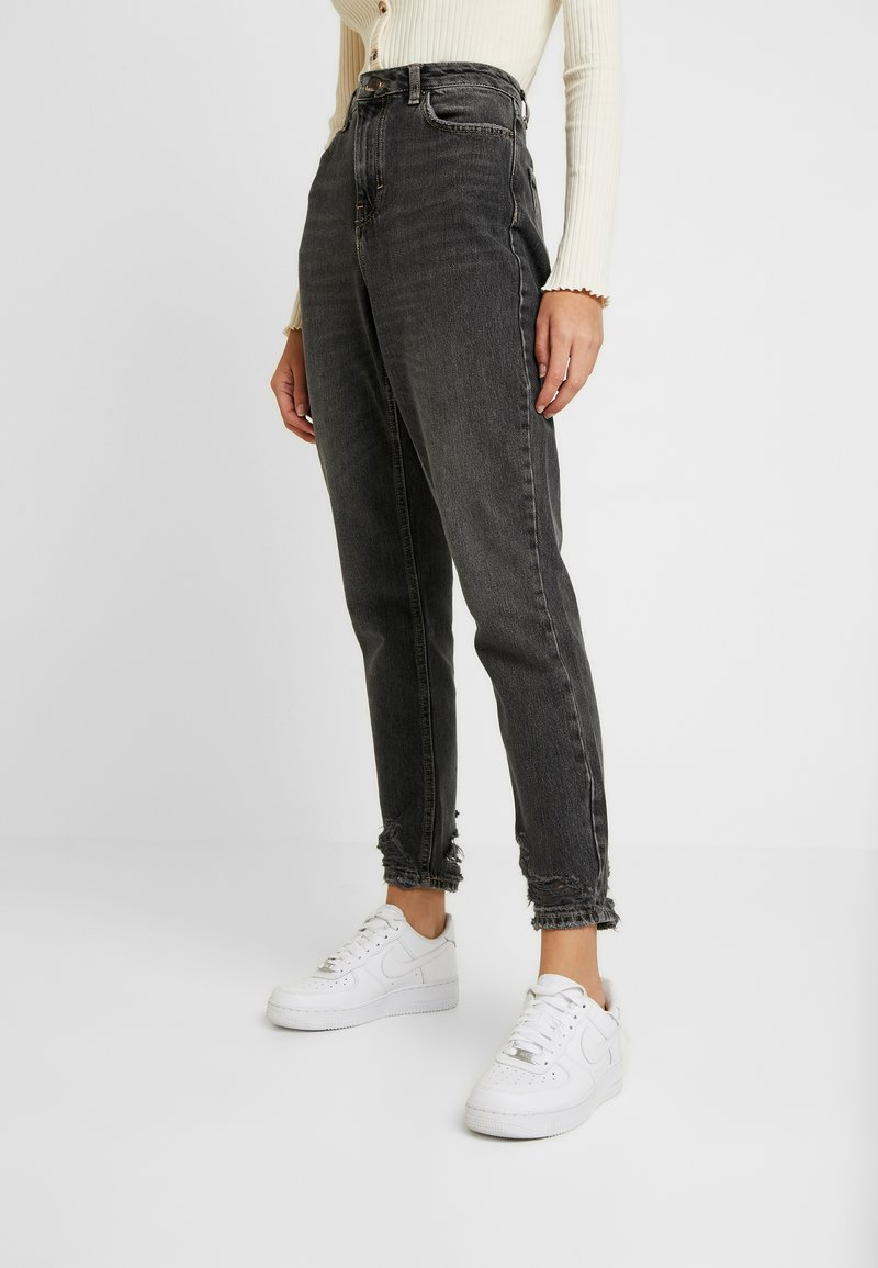 Topshop - HEM MOM - Relaxed fit jeans - washed black