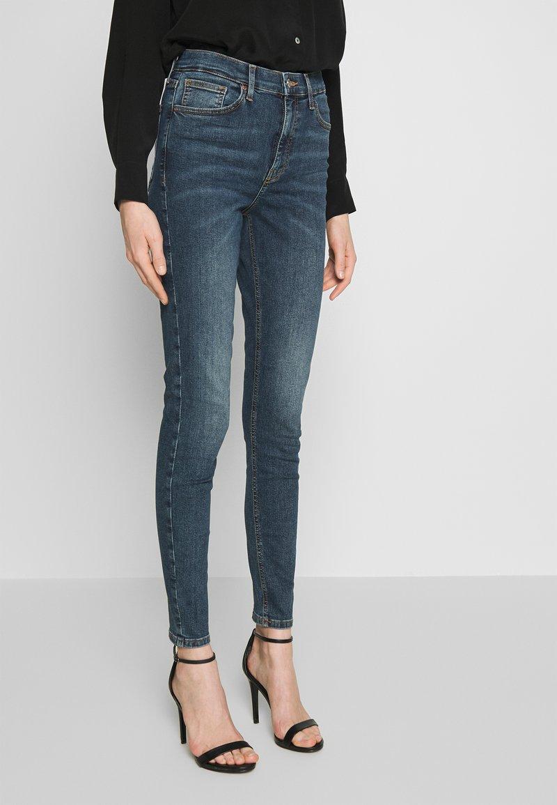 Topshop - DIRTY JAMIE - Jeans Skinny Fit - dirty blue