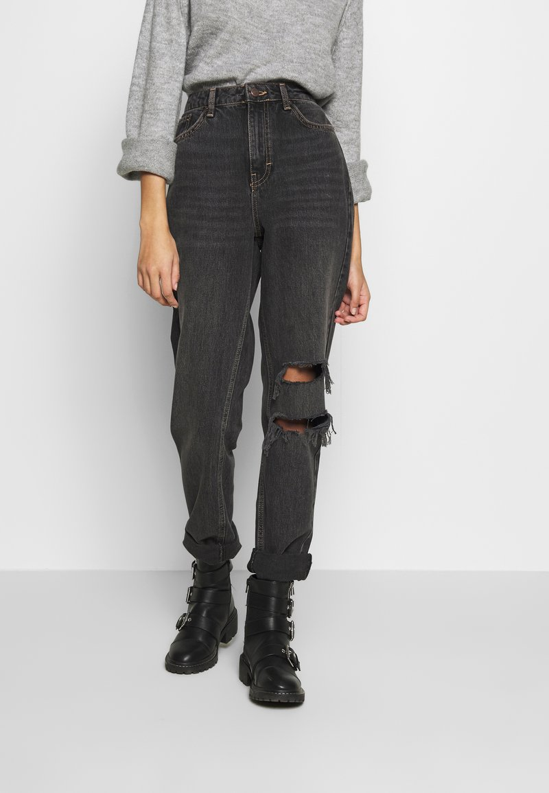 Topshop - SEOUL RIP MOM - Relaxed fit jeans - black