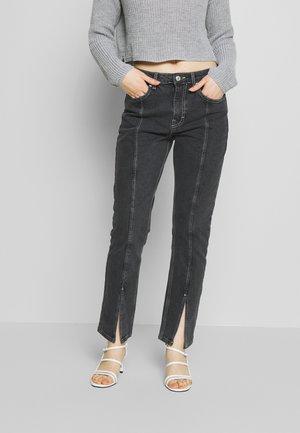 SPLIT HEM STRAIGHT - Jeans Straight Leg - washed black
