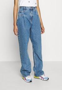Topshop - DART PARELLEL - Jeansy Straight Leg - mid blue - 0