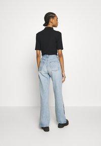 Topshop - Flared Jeans - bleach - 2