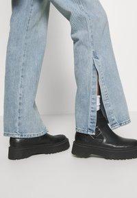 Topshop - Flared Jeans - bleach - 3