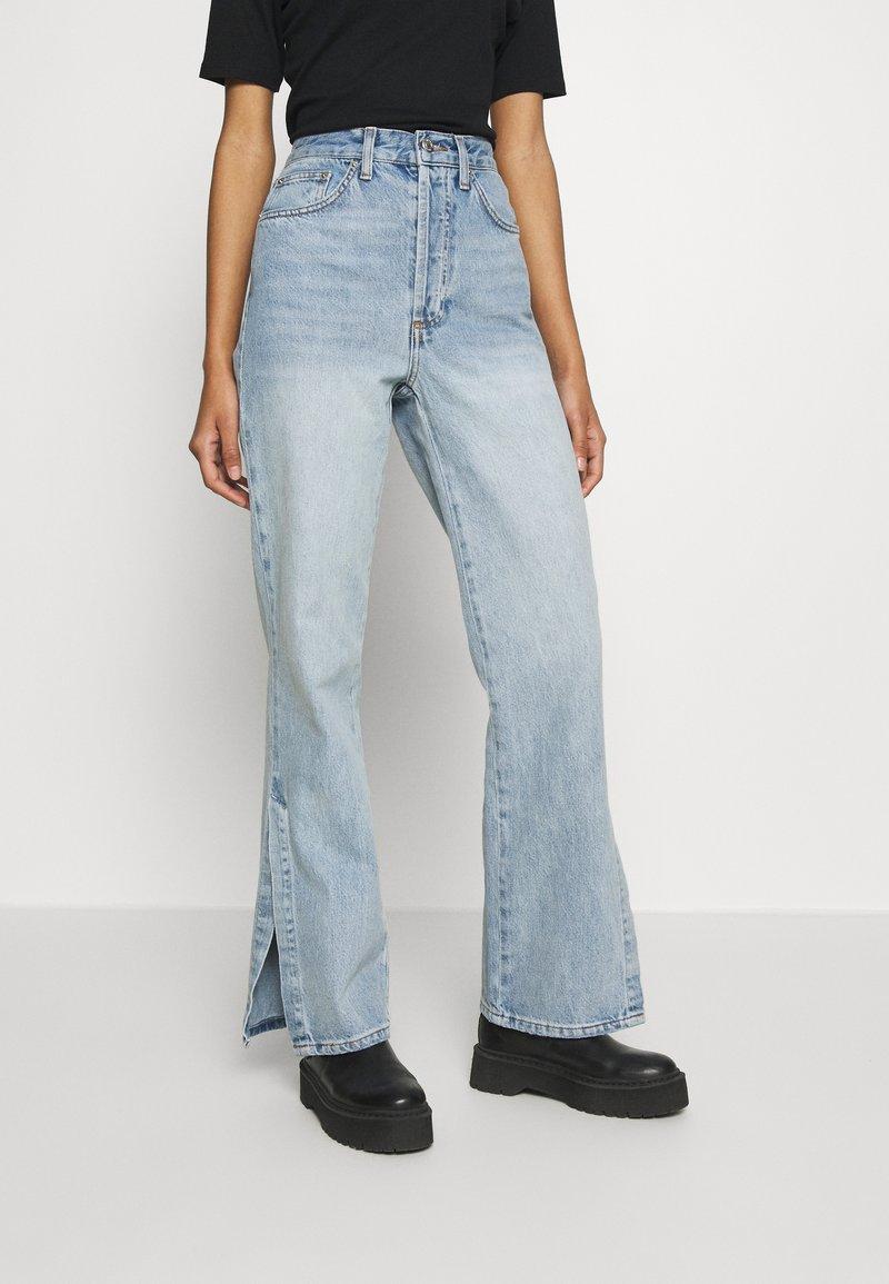 Topshop - Flared Jeans - bleach