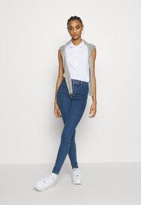 Topshop - JONI  - Jeansy Skinny Fit - blue denim - 1