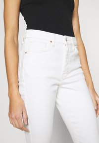 Topshop - JAMIE  - Jeansy Skinny Fit - offwhite - 4