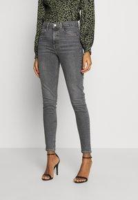 Topshop - JAMIE  - Jeansy Skinny Fit - grey - 0