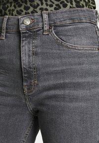Topshop - JAMIE  - Jeansy Skinny Fit - grey - 4
