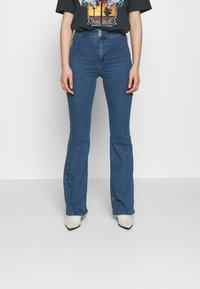 Topshop - ZED JONI - Flared Jeans - blue denim - 0