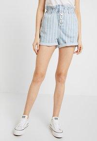 Topshop - STRIPE PAPERBAG - Shorts di jeans - blue denim - 0