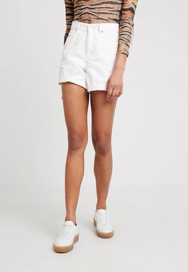 Topshop - ROLL HEM MOM - Denim shorts - white