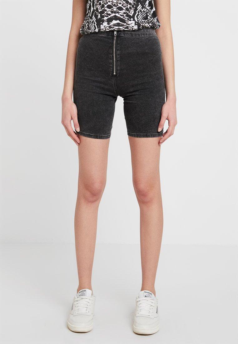 Topshop - JONI FLAT FRONT - Denim shorts - black denim