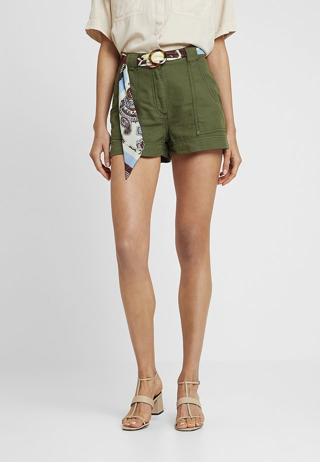 SCARF UTILITY - Shorts - green